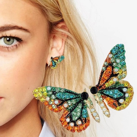 Jewelry - Back in stock!!  🦋 Flutterby Rhinestone Earrings